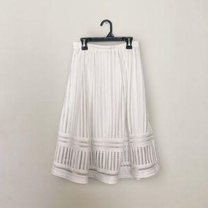 Women's White Skirt (like new)